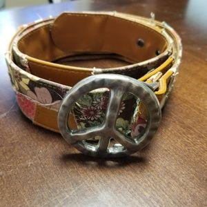 Accessories - Leather patchwork belt.